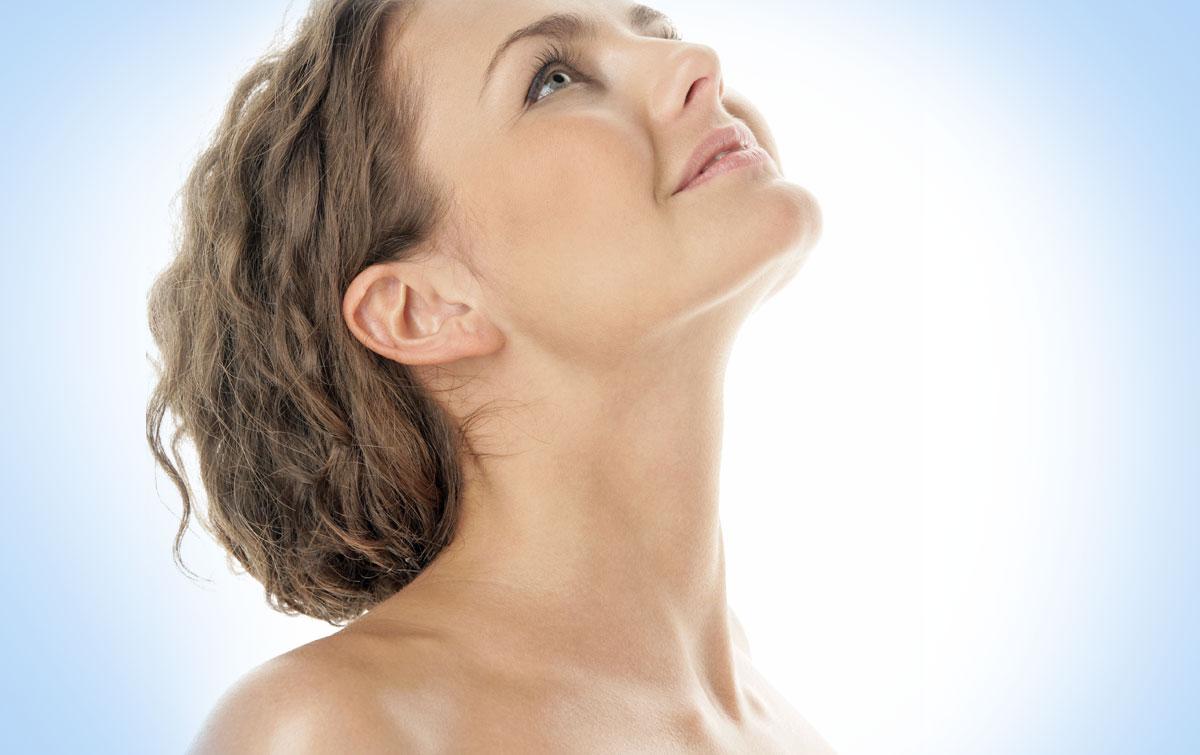 cirugía de papada y exceso de piel en cuello mujer